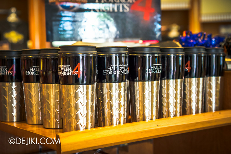 Universal Studios Singapore - Park Update August 2014 - Minister of Evil invades the Universal Studios Store / Tumblers