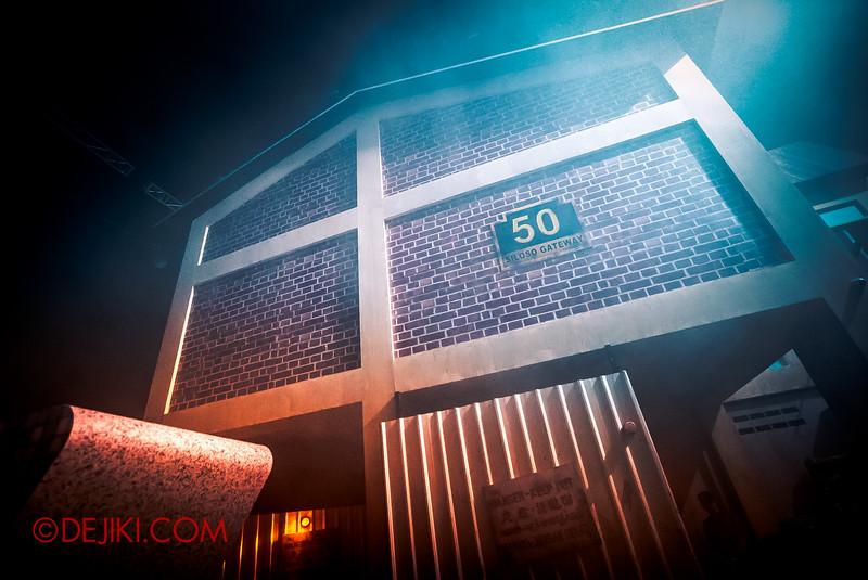 Halloween Horror Nights 5 Haunted House - Siloso Gateway Block 50 / The Block Ultra Clear