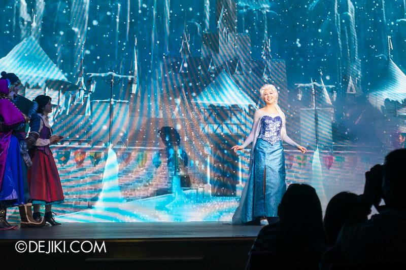 Hong Kong Disneyland - Frozen Village / Frozen Festival Show / Elsa