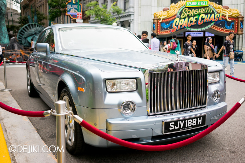 Universal Studios Singapore - Park Update October 2014 - Halloween Horror Nights 4 - The Minister of Evil's Rolls-Royce