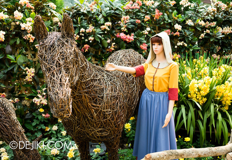 Gardens by the Bay - War of the Roses / Maidens3