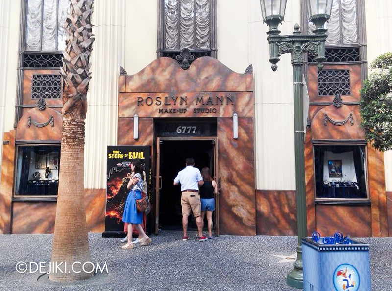 Universal Studios Singapore Halloween Horror Nights 4 - Mini Store of Evil 2
