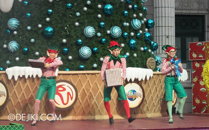 Universal Studios Singapore - Sesame Street Saves Christmas 2