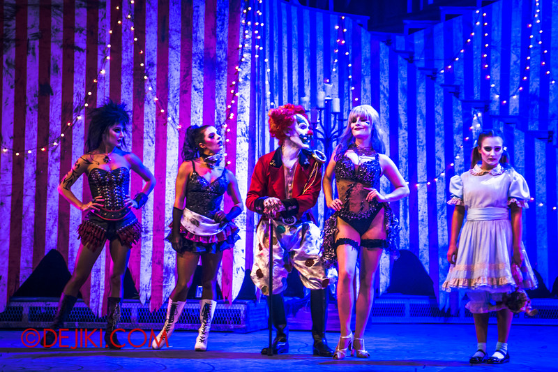 Halloween Horror Nights 4 - Jack's Nightmare Circus - Jack and the girls
