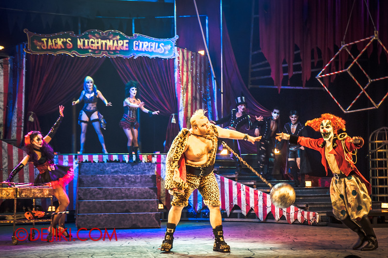 Halloween Horror Nights 4 - Jack's Nightmare Circus - The Animal / The Great Gordo Gamsby, an extreme stunt specialist / Wrecking ball through the tongue 3