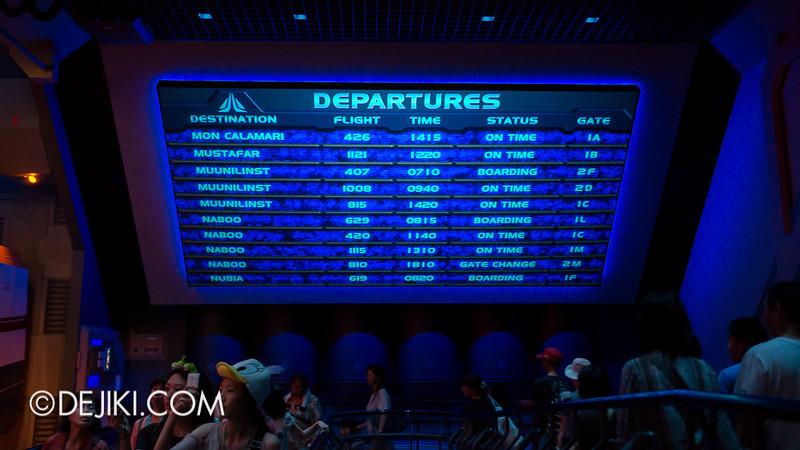 Star Tours: The Adventures Continue, queue bay 4