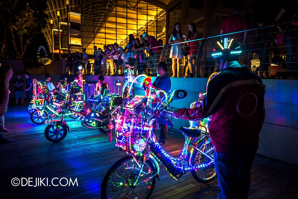 i Light Marina Bay 2016 - LED bicycles 4