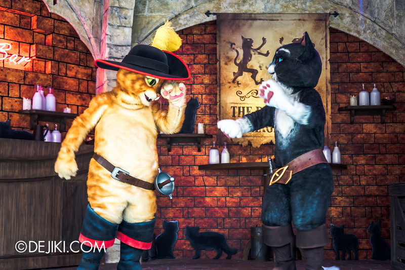 Universal Studios Singapore - Park Update September 2014 - Puss in Boots and Kitty Softpaws - The Dance for the Magic Beans show