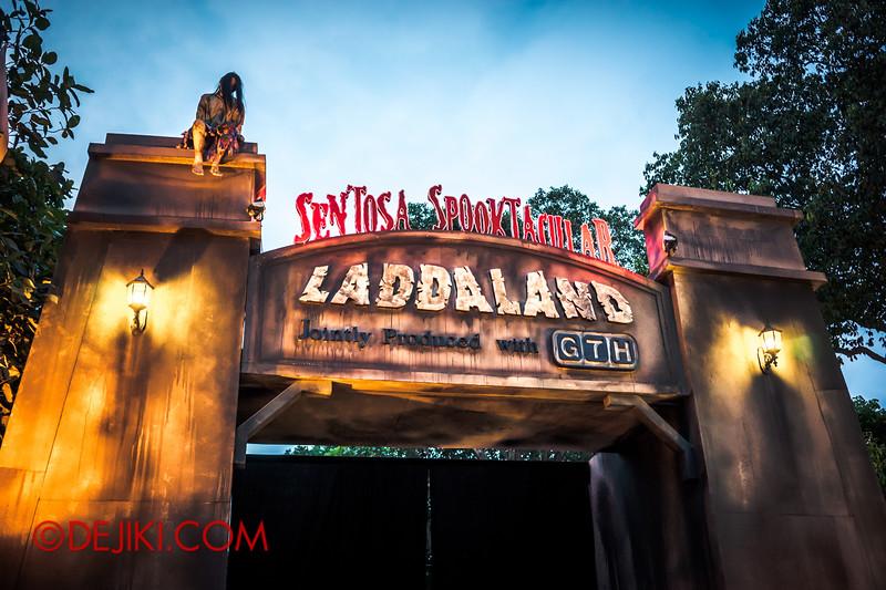 Sentosa Spooktacular 2014 - LADDALAND Entrance