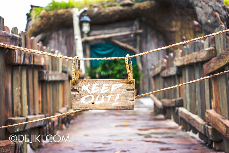 Universal Studios Singapore - Shrek's Stump 2