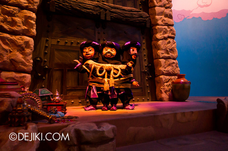 Sindbad's Storybook Voyage - Bandits caught