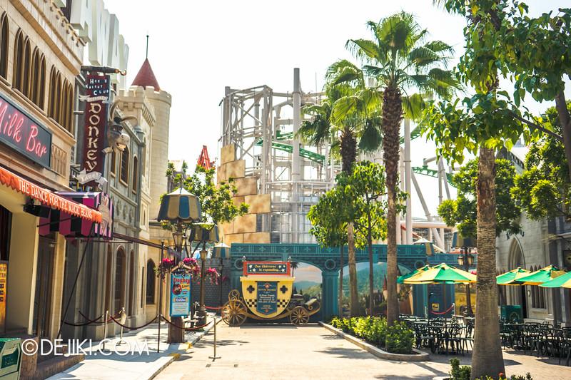 Universal Studios Singapore - Park Update October 2014 - Puss in Boot's Giant Journey construction update 1