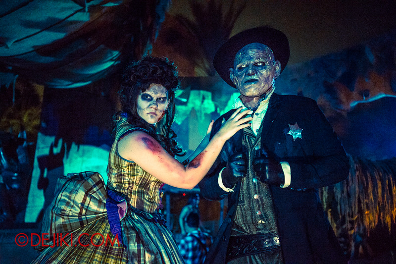 Halloween Horror Nights 4 - Canyon of the Cursed scare zone - Big Bad Joe 2