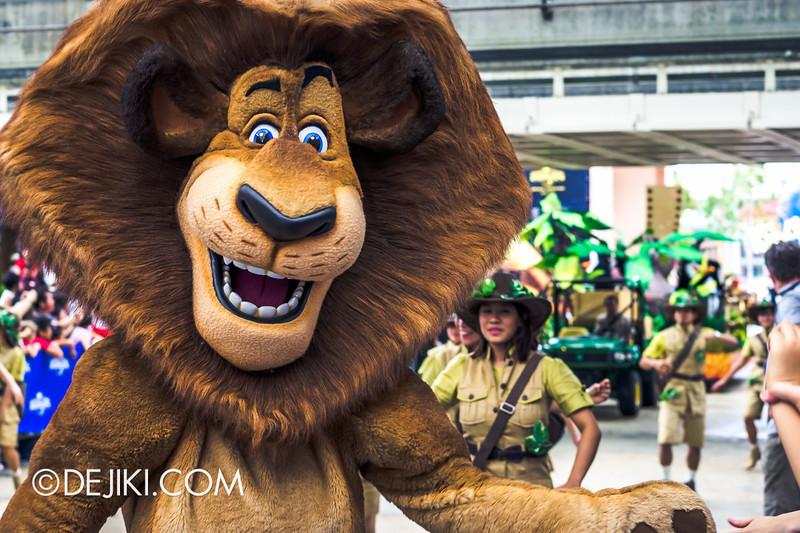 Universal Studios Singapore - Grand Opening 2011 - Parade 09