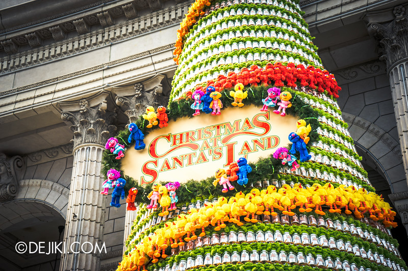 Universal Studios Singapore - Park Update November 2014 - USS 2014 New Christmas Tree 2
