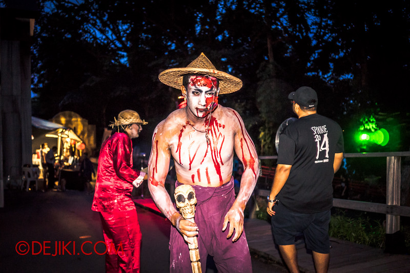 Sentosa Spooktacular 2014 - LADDALAND Scare zone roaming Scare Actors / Villager