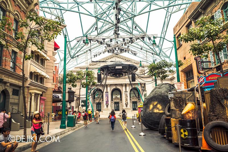 Universal Studios Singapore - Halloween Horror Nights 5 Before Dark Day Photo Report 3 - New York The Invaders scare zone