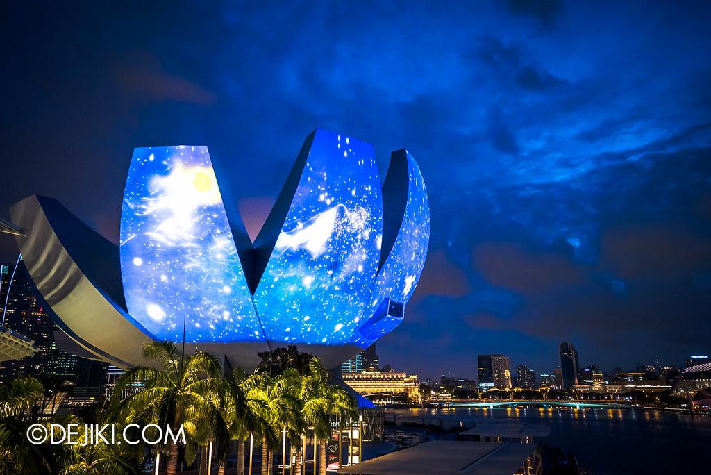 i Light Marina Bay 2016 - What a Loving & Beautiful World / ArtScience Museum hero