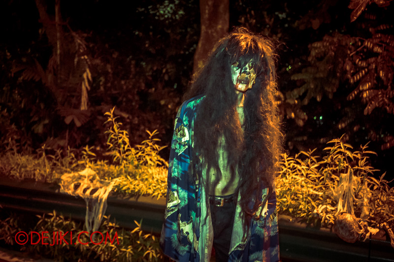 Sentosa Spooktacular - LADDALAND Scare zone roaming Scare Actors / Long-haired ghost