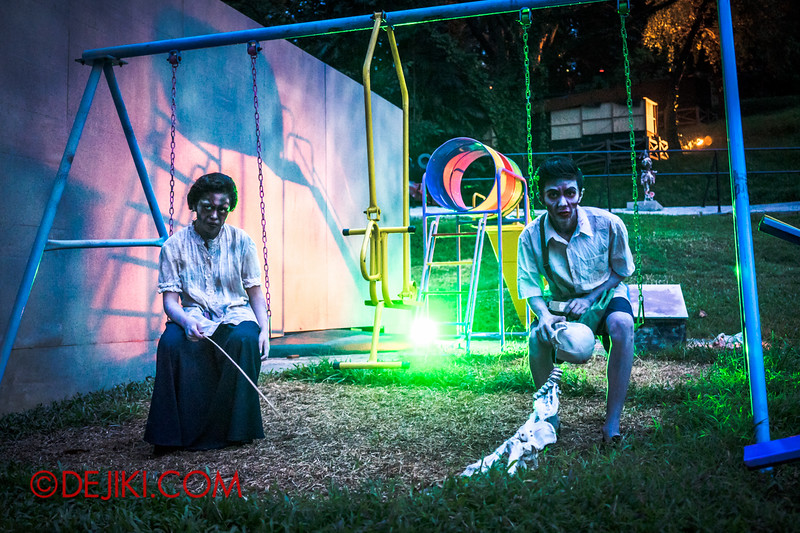 Sentosa Spooktacular 2014 - LADDALAND Scare zone roaming Scare Actors / Time to play 1