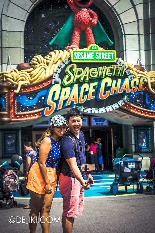 Universal Studios Singapore - Park Update June 2014 - Photos around the Park 3 / Selfie Stick moment