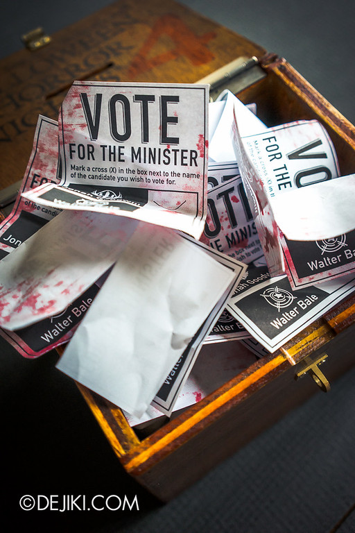 Universal Studios Singapore - Halloween Horror Nights 4 - Cryptic Voting Box Media Invite Package 7