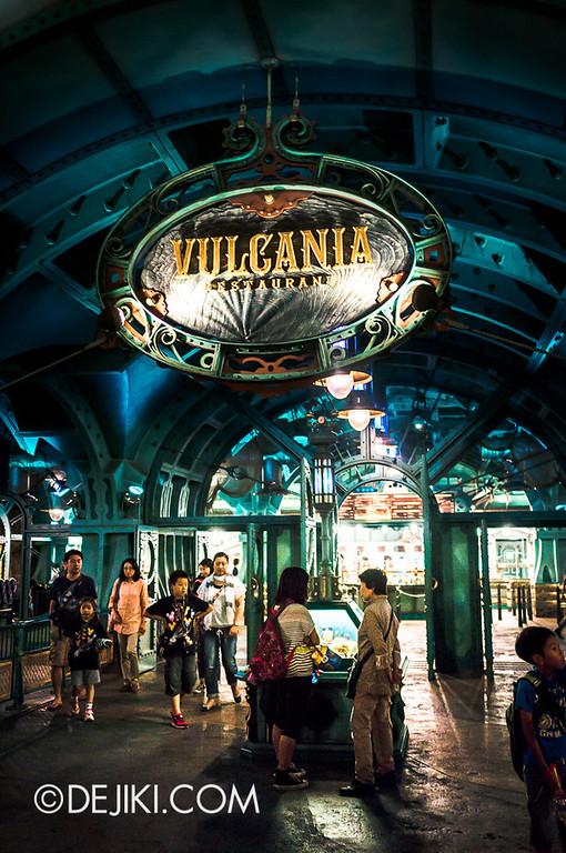 Mysterious Island - Vulcania Restaurant 2