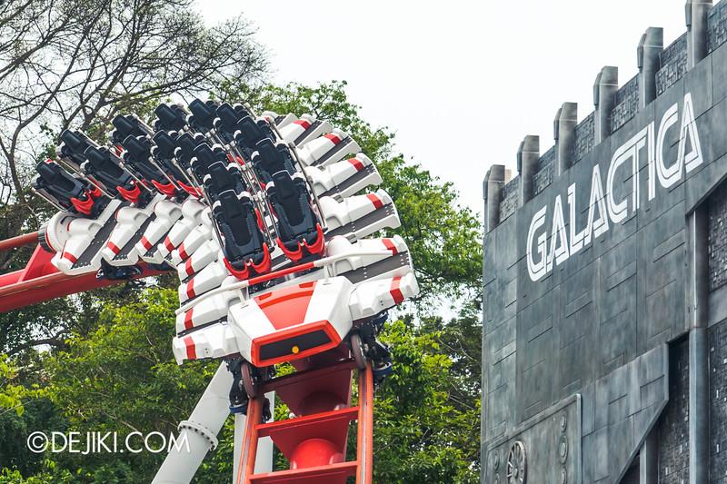 Universal Studios Singapore - Park Update December 2014 - Battlestar Galactica BSG HUMAN red roller coaster test cycles 7 / new seat arrangement