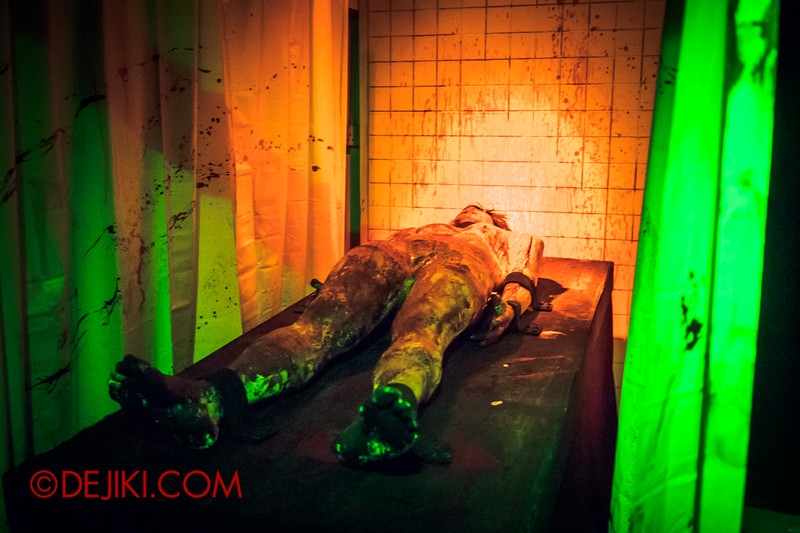 Sentosa Spooktacular 2014 - ALONE Haunted House / The Operation Room