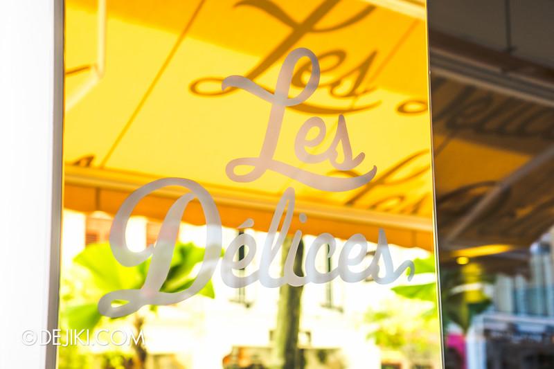 Les Délices - pâtisserie/cafe - cafe sign