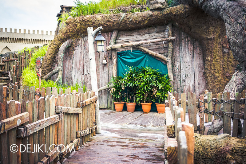 Universal Studios Singapore - Shrek's Stump