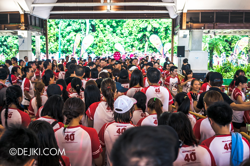 Hello Kitty Run Singapore - Chaos at third medal collection