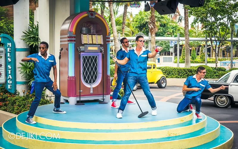 Universal Studios Singapore - Park Update July 2014 - The Cruisers