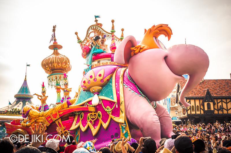 Tokyo Disneyland - Happiness is Here Parade 16 / Aladdin, Jasmine, Abu