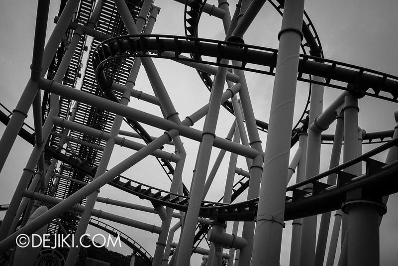 Universal Studios Singapore - Galactica Ruins 5