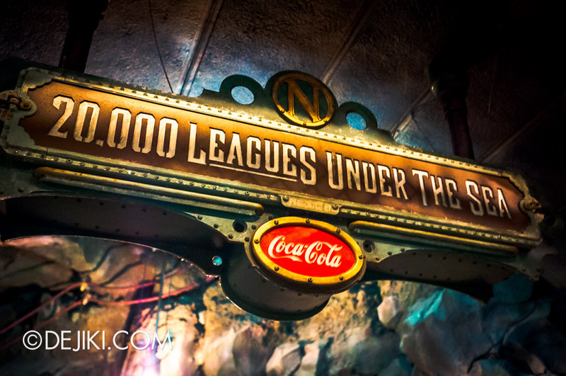 Mysterious Island - 20,000 Leagues Under The Sea (queue signage)