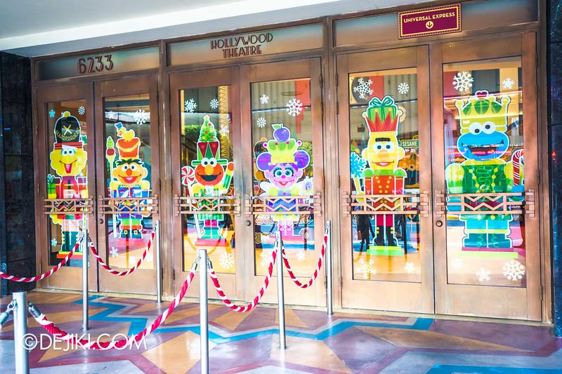 Universal Studios Singapore - Sesame Street Saves Christmas - exterior 2