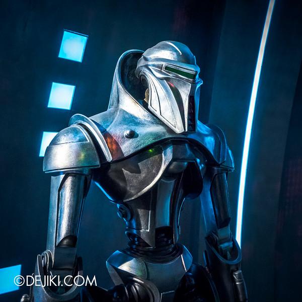 Universal Studios Singapore - Battlestar Galactica: HUMAN vs CYLON dueling roller coaster ride - CYLON Centurion Close-up Sq