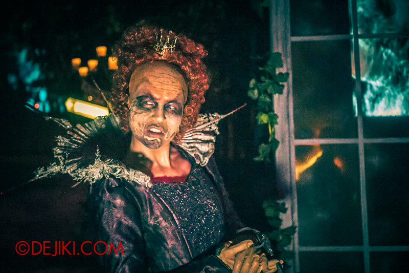 Halloween Horror Nights 4 - Scary Tales scare zone - No longer the fairest of the lands