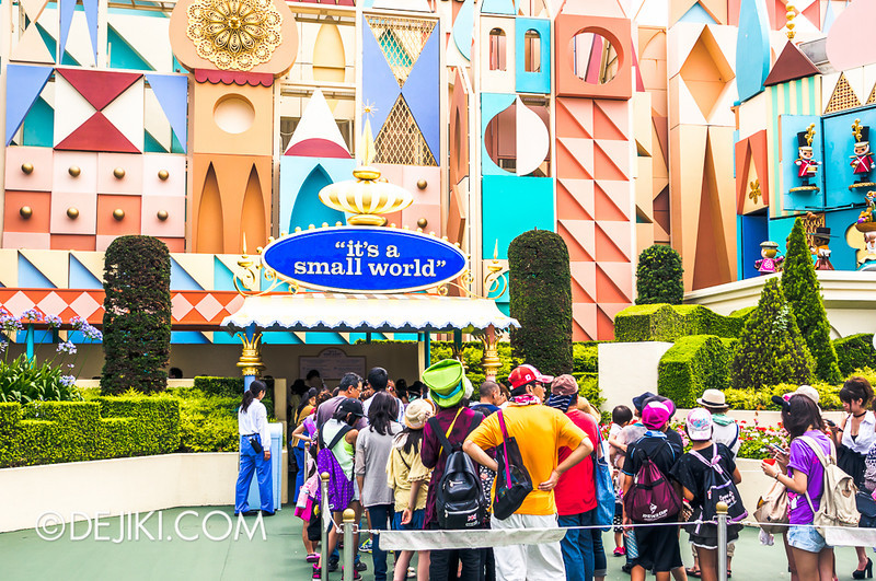 it's a small world - facade
