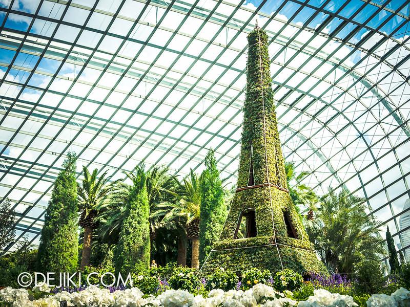 Gardens by the Bay - French Faire 1 / La Tour Eiffel Grande