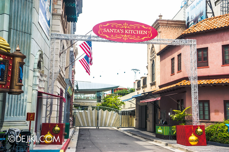 Universal Studios Singapore - Park Update December 2014 - Christmas at Santa's Land 1 / Santa's Kitchen