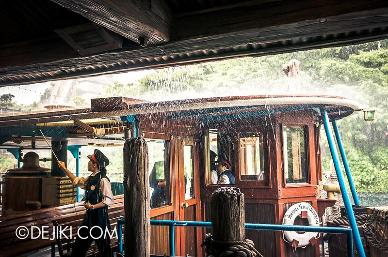Lost River Delta - DisneySea Transit Steamer Line