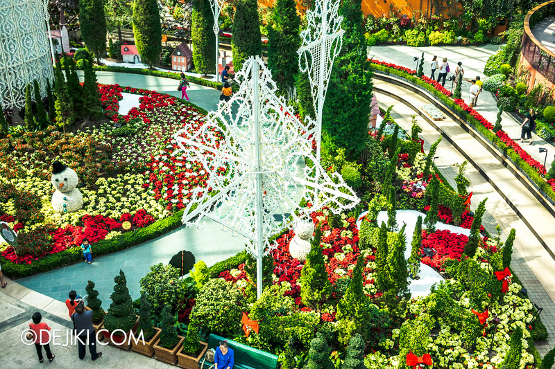Gardens by the Bay - Yuletide in the Flower Dome - Snowflake Lights