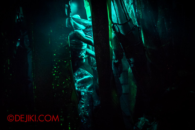 Downtown East - Escape to 'Hell'oween - The Terror Maze Haunted House 7 / Hidden