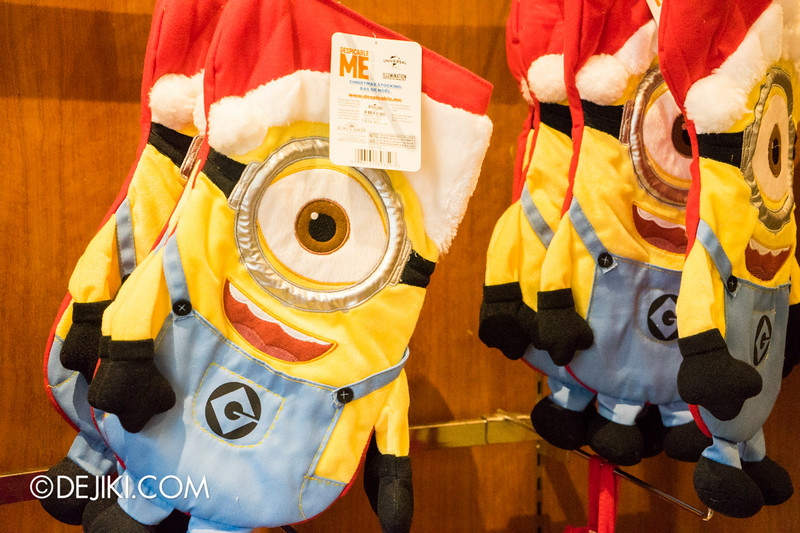 Universal Studios Singapore - Park Update November 2014 - USS Christmas Event - Seasonal Store - Inside Hollywood Main Store 5 / Christmas Minion Giant Stocking