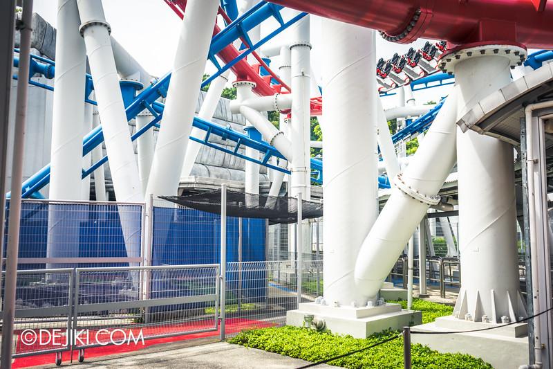 Universal Studios Singapore - Park Update February 2015 - Battlestar Galactica dueling roller coasters reopening - amazing nets 3