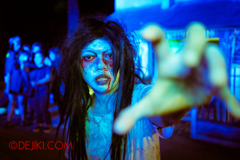 Sentosa Spooktacular - LADDALAND Scare zone roaming Scare Actors / Reaching