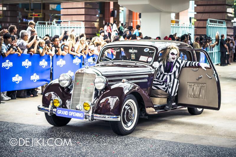 Universal Studios Singapore - Grand Opening 2011 - Parade 18