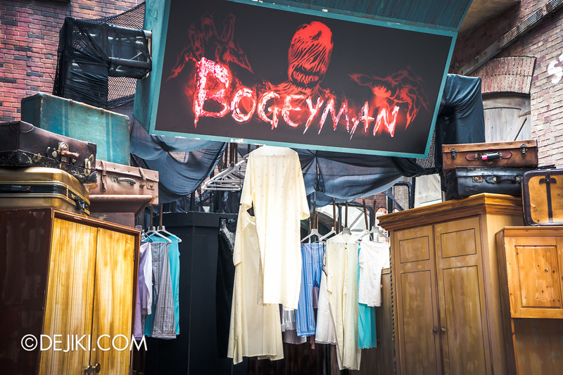Halloween Horror Nights 4 Singapore - Before Dark 2 - Bogeyman scarezone 13 / Scary clothes hanging around